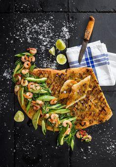 Hemmottele ystäviä ihanalla brunssilla Quiche Lorraine, Open Face, Granola, Vegetable Pizza, Cheese, Vegetables, Food, Essen, Vegetable Recipes