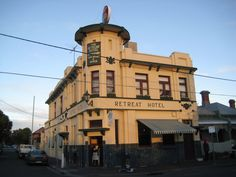The Second Red Pub In Ravenswood Imperial Queensland Life 2018 Pinterest Australia Travel And Tourism