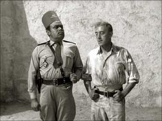 Peter Bull and Alec Guinness both served in the Royal Navy during World War Two.