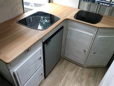 Kitchen in a mercedes 409