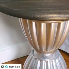 Corner coffee table - Corner table made with planting bucket - Diy Room Decor Videos, Diy Crafts For Home Decor, Diy Crafts Hacks, Handmade Home Decor, Diy Para A Casa, Diy Casa, Furniture Projects, Diy Furniture, Diy Projects