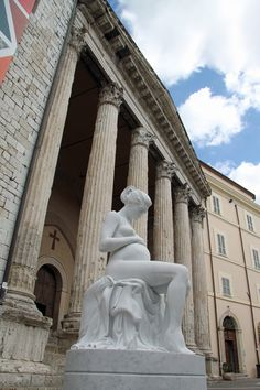 statue of pregnant woman Assisi Italy Beautiful Park, The Beautiful Country, Pregnancy Images, Statues, Umbria Italy, Alpine Lake, Regions Of Italy, Art Sculpture, Photography Services