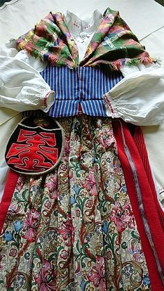 Är det ett William Morris-tyg i förklädet  Snow Queen c0820dd24b47a