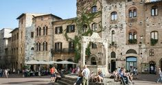 Piazza della Cisterna em San Gimignano #viajar #viagem #itália #italy
