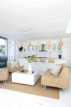 """34 Fascinating Summer Living Room Decor Ideas You Will Love - After a long winter, it's incredibly nice to be able to go to your summer house and """"open"""" it for the season. One of the first considerations you may . Boho Kitchen, Kitchen Styling, Boho Living Room, Living Room Decor, Living Area, Small Living, Modern Living, Green Design, Bohemian Furniture"""