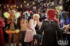 Hart of Dixie -- Walkin' After Midnight - Pictured: At a Halloween party, Jaime King as Lemon Breeland -- Photo: Danny Feld/The CW -- © 2012 The CW Network, LLC. All rights reserved.