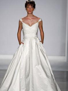 $226 my wedding dress?  addictive website, lots of inexpensive wedding dresses