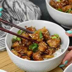 Faster than take out and no tip required! This Easy Sesame Chicken is perfect for busy weeknights and will please the whole family! #easyrecipe #chicken #easydinner #takeout #comfortfood #weeknightdinner #fastfood #stirfry