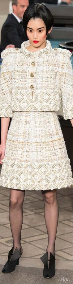 Fall 2015 Couture Chanel