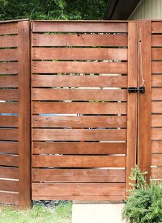 Easy DIY Privacy Fence Ideas - cheap privacy fence (cheap paving ideas) T. Easy DIY Privacy Fence Ideas – cheap privacy fence (cheap paving ideas) T… Wood Fence Gates, Fence Gate Design, Fence Doors, Wooden Gates, Fence Panels, Cedar Fence, Fence Stain, Building A Fence Gate, Wooden Fences