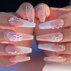 Pin by Itsagwade on Pretty nails in 2020 White Acrylic Nails, Best Acrylic Nails, Summer Acrylic Nails, Pastel Nails, White Nail, Summer Nails, Long Nail Designs, Acrylic Nail Designs, Bling Nails