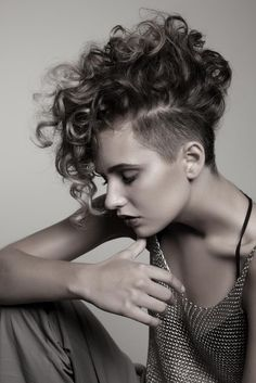 5 Exquisite Curly Mohawk Hairstyles For Girls Women