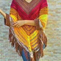 Oi boholovers! Frio chegando, nada melhor que um poncho quentinho. Feito em fio 100% algodão ou lã acrílica, vc escolhe! Chame direct! O frete é grátis para todo Brasil! Loja virtual no elo7. O link está na bio! Fique linda no inverno. . #goodvibes #instacroche #inverno2017 #modafeminina #modainverno #roupadefrio #roupadecroche #crochê #encomendas #prontaentrega #fretegratis #lojaonline #artesanato #compredopequeno #divas #clientelinda #clientediva #roupadelã #boho #bohemian #boheme…