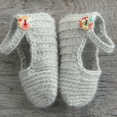 Lily Alpaca Wool Baby Booties | atelierbagatela on Etsy