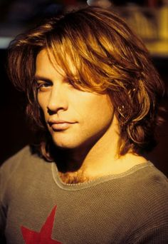 Jon Bonjovi 1995 so adorable!