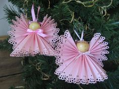 Pink Angel Christmas Ornament U-Pick Trim Color Pink Paper Ribbon Angel Christmas Ornament. (Make with vellum) Christmas Makes, Pink Christmas, Christmas Angels, All Things Christmas, Vintage Christmas, Christmas Holidays, Christmas Ornaments, Angel Crafts, Christmas Projects