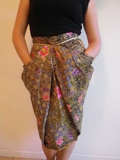 Ladies Women's striking Batik Green Blue Floral Tulip Pleated Skirt - by Mendel on madeit