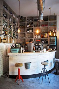 The appealing 50 Best Vintage Home Bar Decor Ideas Cafe Bar Home Bar Inside Bar Decor Ideas digital photography below, … Diy Home Bar, Home Bar Decor, Bars For Home, Restaurant Bar, Restaurant Design, Bar Redondo, Café Design, Interior Design, Design Trends