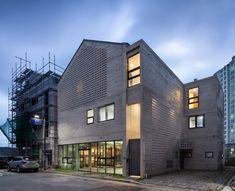 민휘정은 최근 개발되고 있는 혁신 도시내에 위치한 상가형 주택에 대한 또 다른 건축적 대안을 모색하고자...
