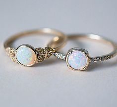 While were on the subject, here are our two Australian Opal beauties side by side. Our Edwardian inspired ring with Yellow Australian Diamonds and our Else Secret Diamond ring with a gorgeous 5mm white Opal. ✨ both rings are Recycled 14k Gold and handcrafted here in freezing cold NYC.