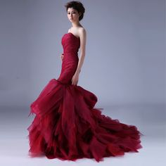 Strapless Trumpet / Mermaid pretty bridal gown Just in white and this is my dress