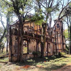 Viaje Pelo Brasil. As ruínas de Minas Gerais, na cidade de Matozinhos, na região metropolitana de BH, mostra belezas da arquitetura brasileira como essa. Foto: @nunojuniornuno.