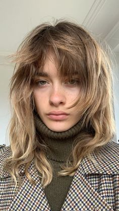 Cut My Hair, New Hair, Your Hair, Hair Cuts, Hairstyles With Bangs, Pretty Hairstyles, Hair Inspo, Hair Inspiration, How To Bayalage Hair