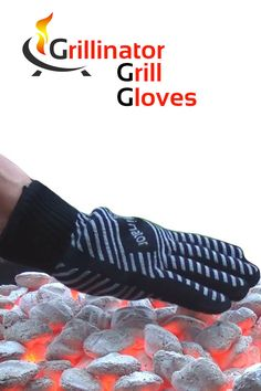 Heat Resistant Authentic Grillinator BBQ Oven Gloves Come With An Unconditional Guarantee Grillinator Gloves Beer Can Chicken, Smoke Grill, Grilling Recipes, Smoker Recipes, Bbq Tools, Cooking Tips, Cooking Gadgets, Inexpensive Gift, Smoking Meat
