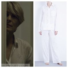 Claire Underwood (Robin Wright) wears this pair of white floral print cotton pajamas in this episode of House of Cards. They are [...]