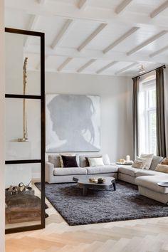 Luxe zitbank in woonkamer inrichting | woonkamer ideeën | living ...