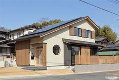 倉敷市-Kurashiki city- F様邸 Mansions, House Styles, Home Decor, Decoration Home, Manor Houses, Room Decor, Villas, Mansion, Home Interior Design