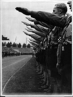 Ehrentag der deutschen Jugend in Nürnberg: Reichsparteitag 1938.