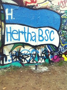 BSC Berlin Pat Jennings, Wall Murals, Berlin, Graffiti, Football, Hertha Bsc, Wallpaper Murals, Soccer, Futbol