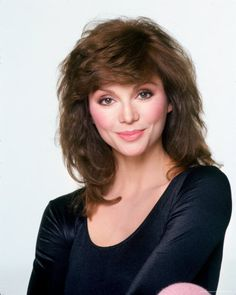 Wow which violent and cool girl and women and she are so Good and best girl and women and she are Victoria Principal.
