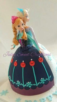 Anna & Elsa Frozen Doll Cake