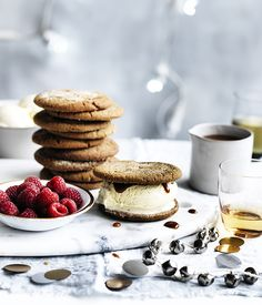 Ginger biscuit ice-cream sandwiches with whisky caramel :: Gourmet Traveller