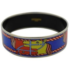 Pre-owned Hermes Enamel Happy Horse Couple Bracelet ($560) ❤ liked on Polyvore featuring jewelry, bracelets, accessories, multi color, tri color bangles, hinged bangle, hermes jewelry, tri color jewelry and horse jewelry