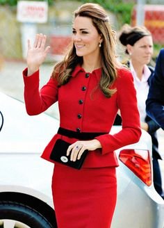 Duchess of Cambridge in New Zealand, April 2014 #Modest doesn't mean frumpy. #DressingWithDignity on.fb.me/1lfqxT2