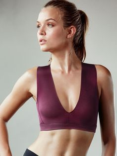 f833284785674 Double-V Sports Bra Best Sports Bras