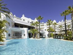 Read real reviews, guaranteed best price. Special rates on H10 Estepona Palace Hotel in Estepona, Spain.  Travel smarter with Agoda.com.