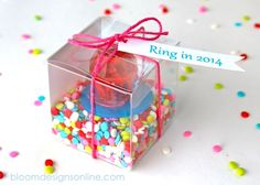 New Year's Party Favors Ring in the New Year New Years Eve Birthday Party, Nye Party, Birthday Parties, Birthday Crafts, Party Favors For Adults, Kid Party Favors, New Year's Eve Celebrations, New Year Celebration, Christmas Fun