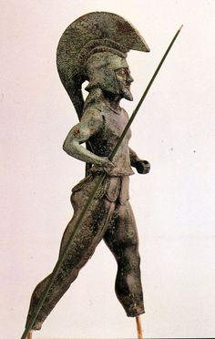 Estatua de un hoplita griego, 530-510 a.C. #Historia #Arquelogía