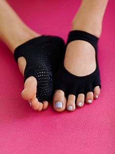 Namaste Yoga Sock | Made with organic cotton, these barely there yoga socks with cutouts provide a barefoot experience. With non-slip grip bottoms and half-toe design, they're perfect for all barefoot activities like: barre, Pilates, yoga, and dance. *By toesox