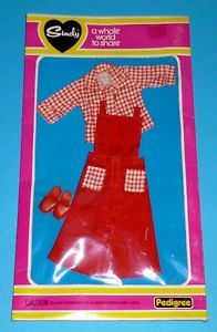 Vintage Pedegree Sindy Doll Farm Outfit 44075 Mint on Card | eBay