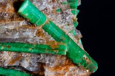 Beryl var. Emerald    Yunnan, China