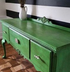 @jspooner9 painted this piece in #chalkpaint in Antibes Green, and finished with Clear and Dark Wax. Isn't it a beauty? #AnnieSloan