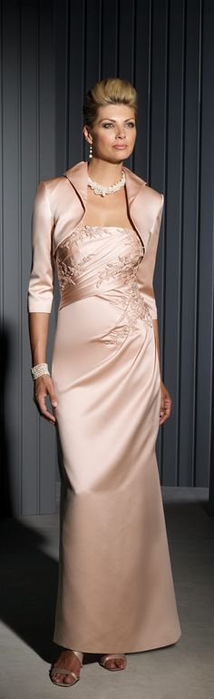 Cameron Blake haute couture - Mother of the Bride dress. 2013/2014 ~  <3