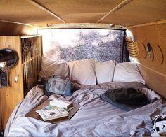 What's in your bed now? Repost from @radiusandulna #VanCrush