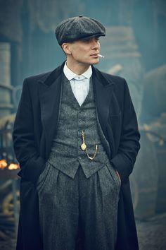 Vintage dapper style in pesky blinders. Great source of inspiration #peakyblinders #english #menswear #vintage #vintagestyle #oldschool #dapper