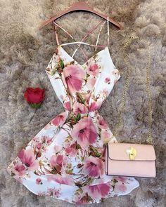 Stylish Dresses, Simple Dresses, Stylish Outfits, Cute Dresses, Beautiful Dresses, Cool Outfits, Short Dresses, Summer Outfits, Summer Dresses